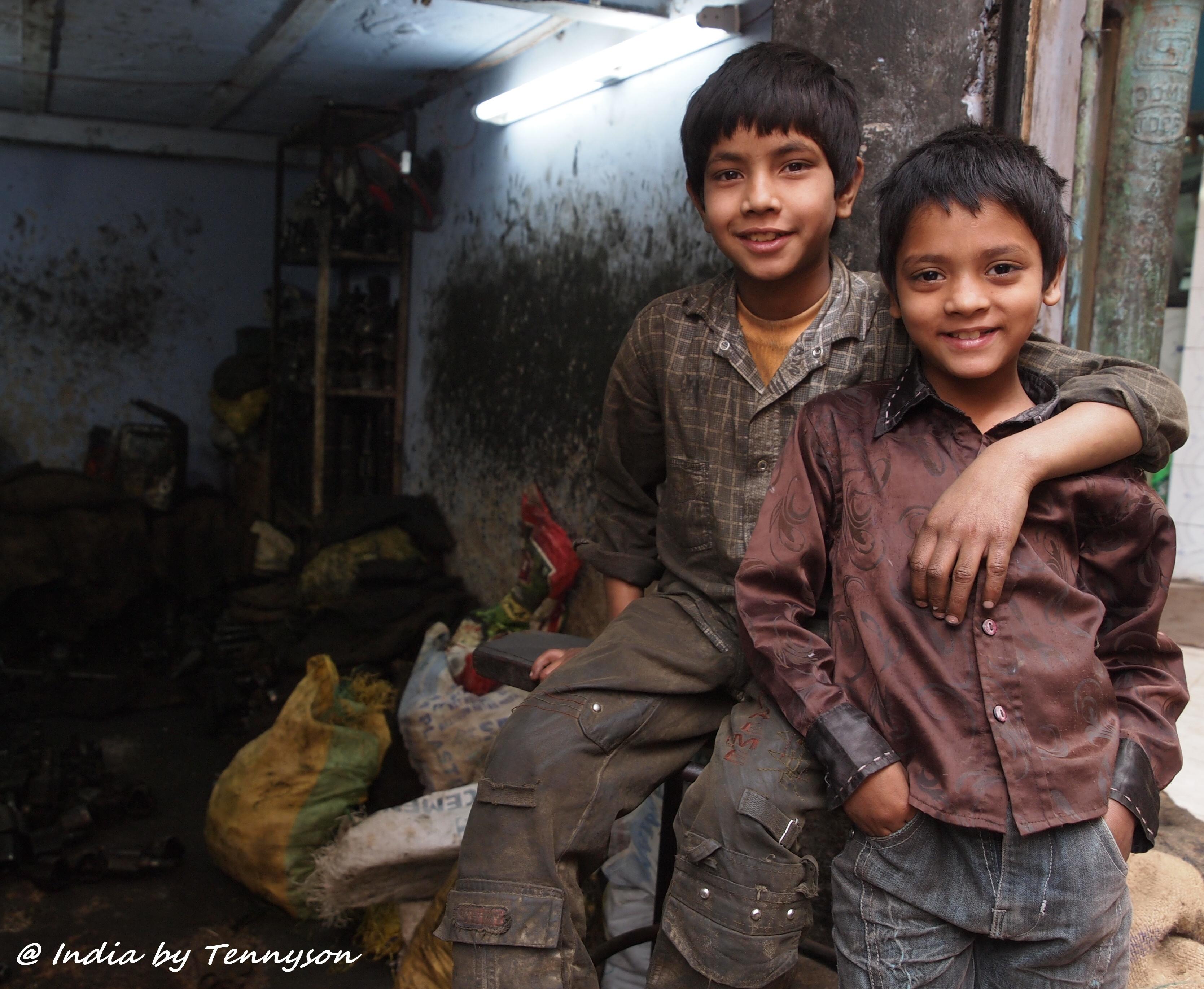 Poor Children Working Despite working in harsh andPoor Children Working