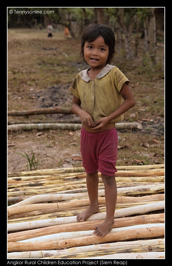 Angkor Children (1)