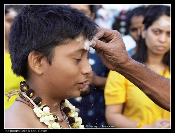 Blessing on Thaipusam (4)