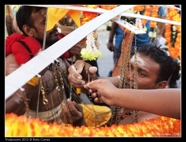 Hands in Thaipusam 2012 (1)