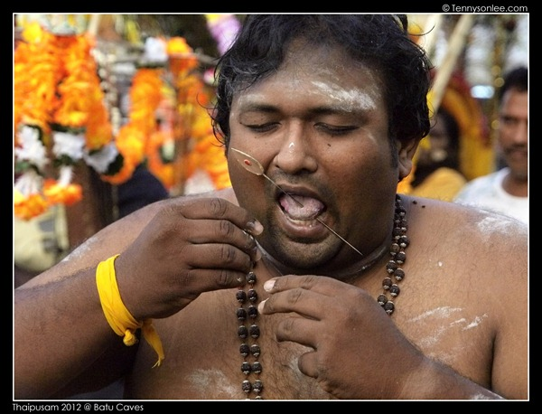 Piercing at Thaipusam (9)