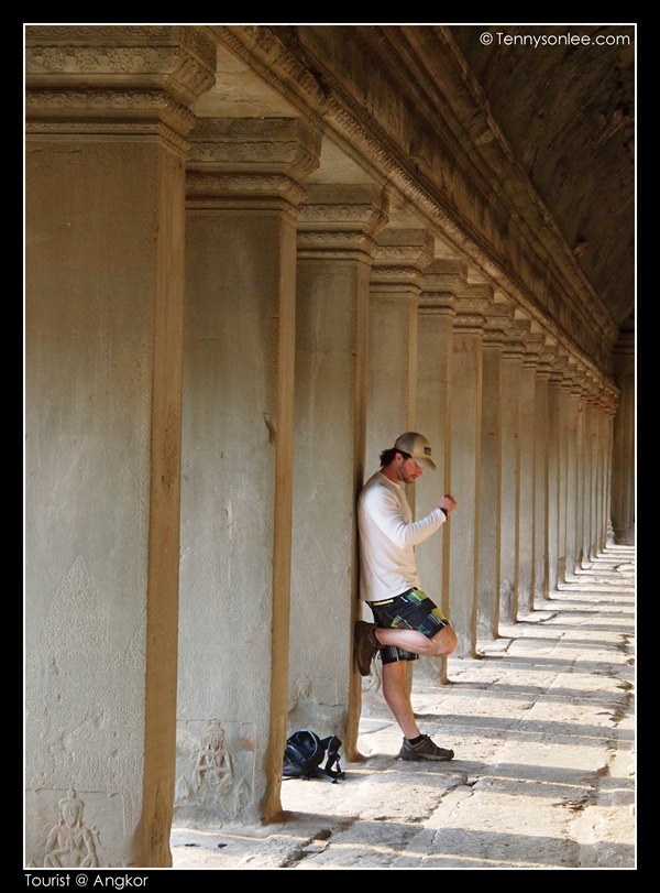Tourists at Angkor (10)