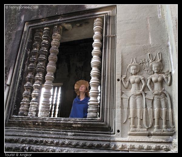 Tourists at Angkor (2)