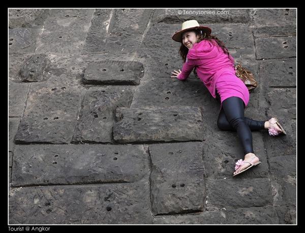 Tourists at Angkor (3)