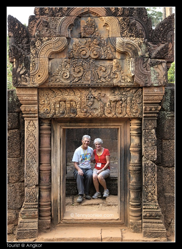 Tourists at Angkor (7)