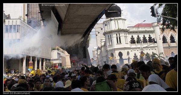 Bersih 3 turned violent (4)