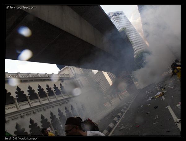 Bersih 3 turned violent (7)