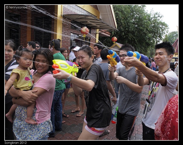 Songkran 2012 (14)