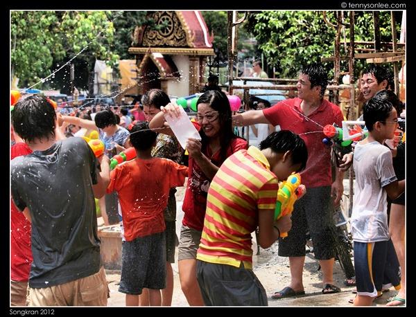 Songkran 2012 (20)