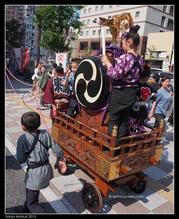 三社祭 Sanja Matsuri kids and ladies (11)