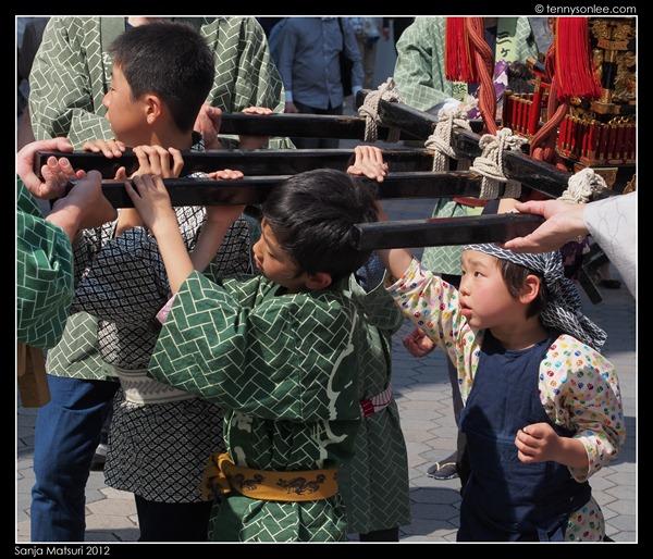 三社祭 Sanja Matsuri kids and ladies (5)