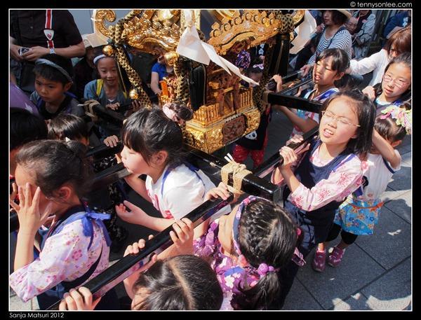 三社祭 Sanja Matsuri kids and ladies (9)