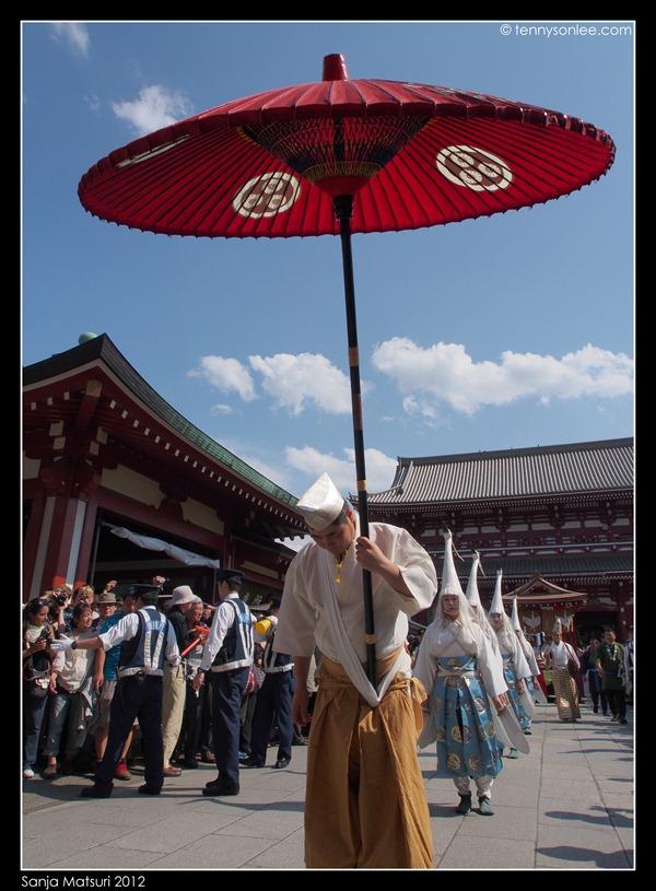 三社祭 Sanja Matsuri procession (8)