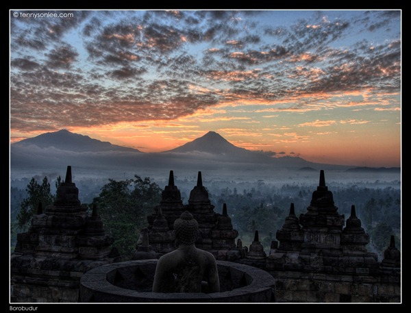 Borobudur Sunrise (4)