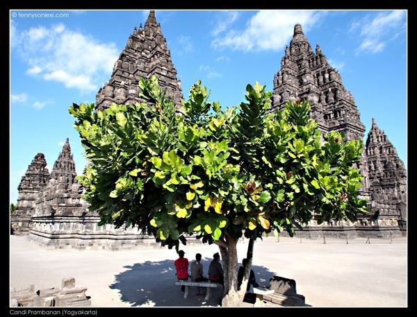Candi Prambanan (2)