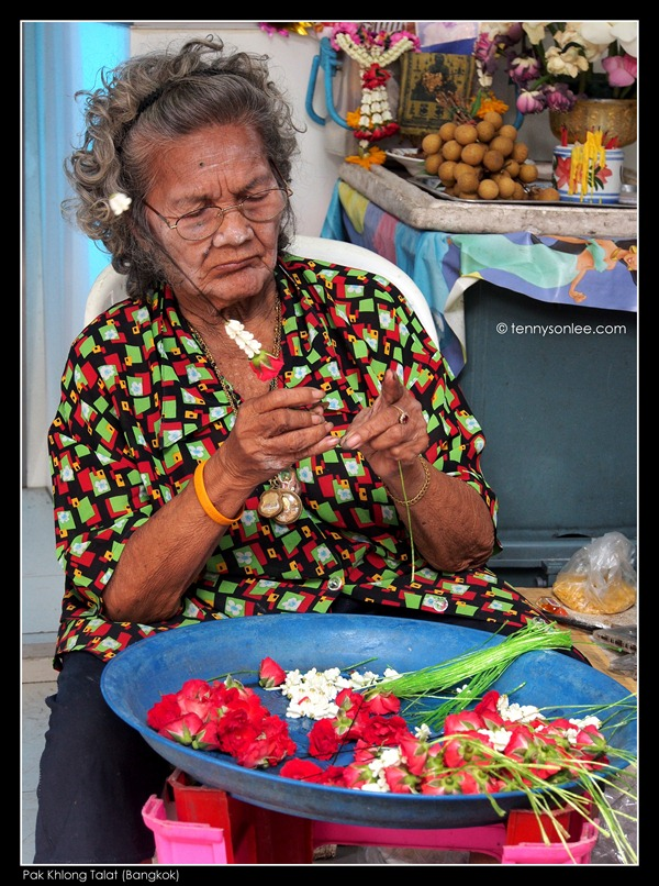 Pak Khlong Talat Flower Market (1)