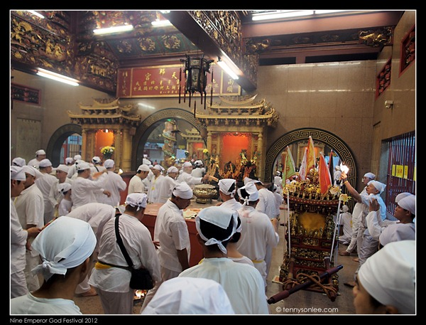 Ampang Nine Emperor God Festival 安邦南天宫九皇爷诞 2012 (15)