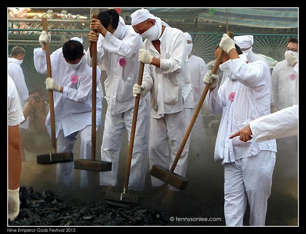 Nine Emperor Gods Festival 九皇爷诞 2012  (2)