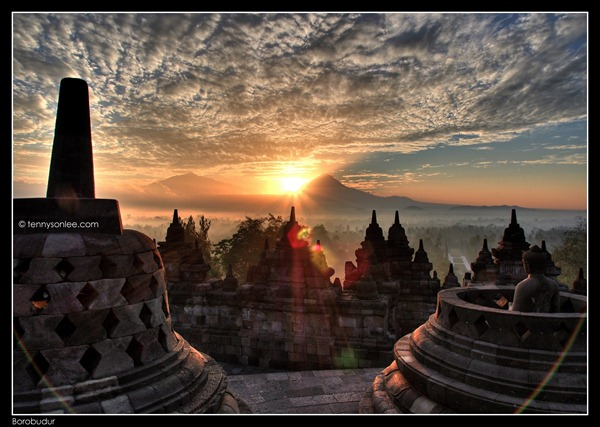 Borobudur Sunrise (7)