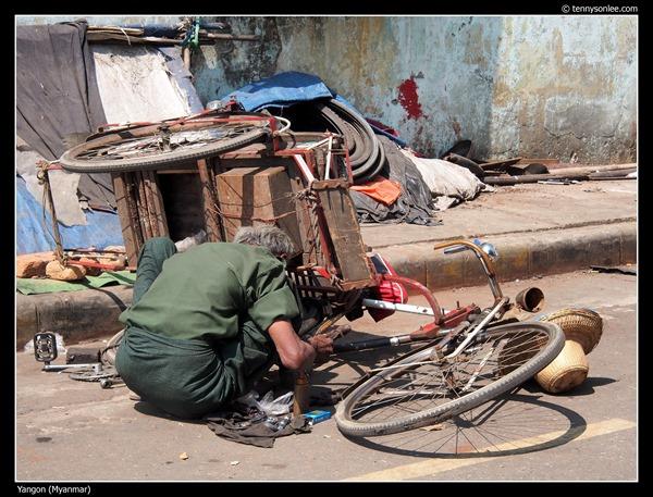 People of Yangon Myanmar (11)