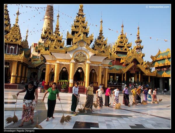 Shwedagon Pagoda (7)
