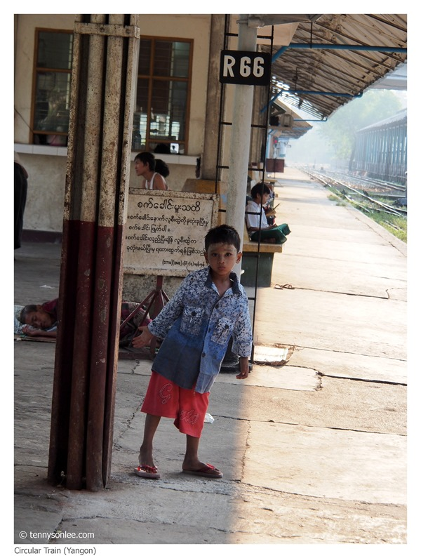 Yangon Circle Line Train (2)
