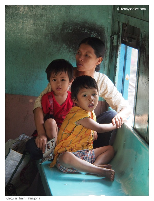 Yangon Circle Line Train (5)