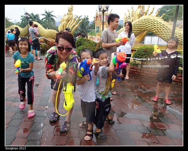 Songkran 2013 (12)