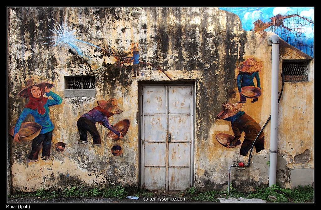 murals in ipoh present moment