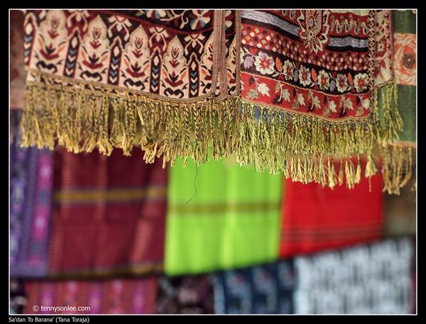 Weaving at Toraja (3)