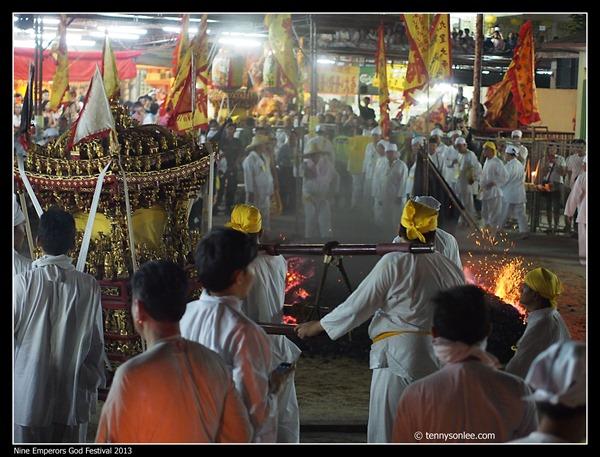 Nine Emperors God Festival 2013 (12)