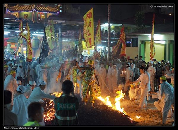 Nine Emperors God Festival 2013 (13)